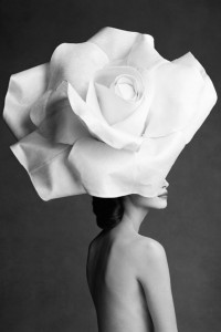 news-jasper-conran-christy-turlington-rose-hat
